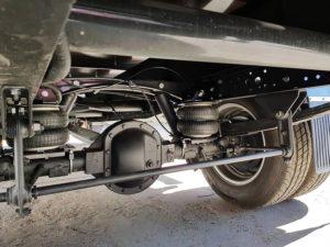 Фото установленного комплекта пневмоподвески EuroAir 1550111200 на автомобиль Iveco Daily 45C