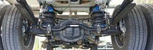 Установленный комплект вспомогательной пневмоподвески VB Airsuspension на VW Crafter 5t