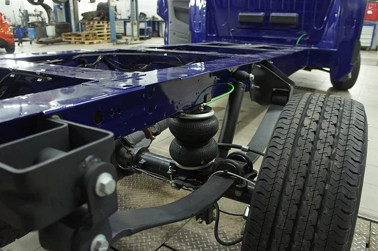 Вспомогательная пневмоподвеска задней оси VB-SemiAir для Ford Transit V363 задний привод